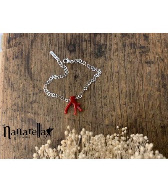 Bracelet chaîne fine avec morceau de corail