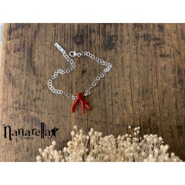 Le Bracelet chaîne fine avec branche de Corail