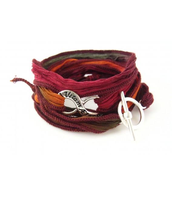 Bracelet en soie Ad Vitam Aeternam